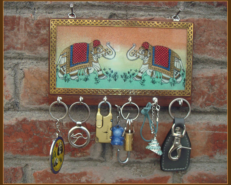 Gem Stone Painting Carved Wood Keychain Wall Holder With